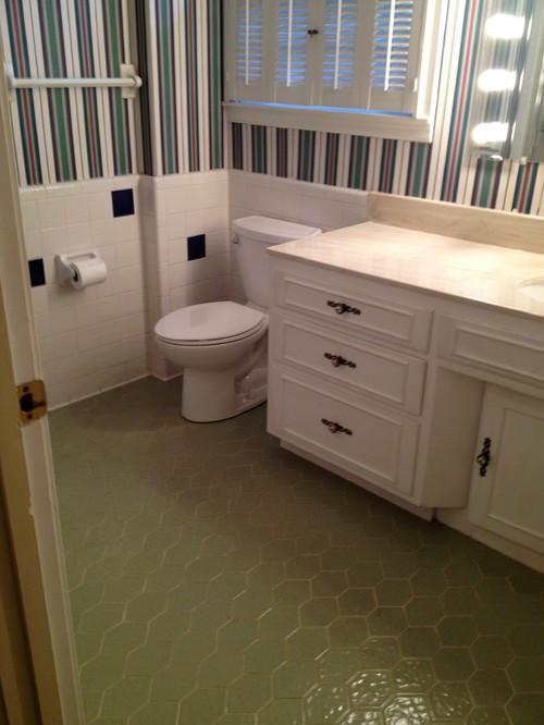S Tile Bathroom - 70s bathroom