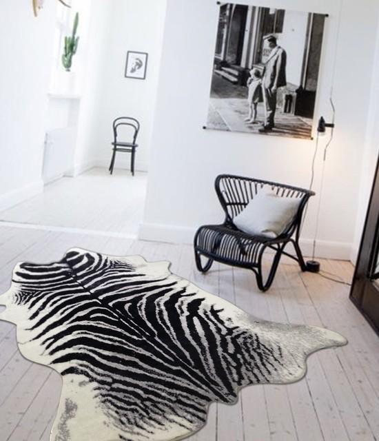 Zebra Print Cowhide 5&x27;x7&x27;.