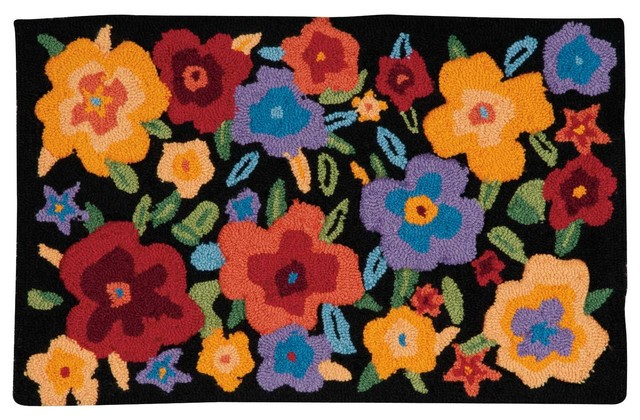 "Everywhere Pansies Accent Rug, Multicolor, 1&x27;8""x2&x27;9""."