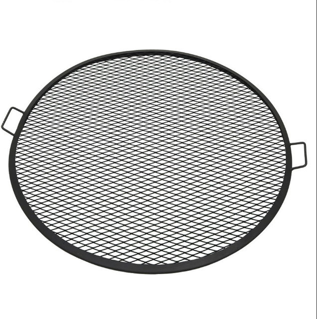 Sunnydaze Decor 37.5 Inch Outdoor Fire Pit Cooking Grill.