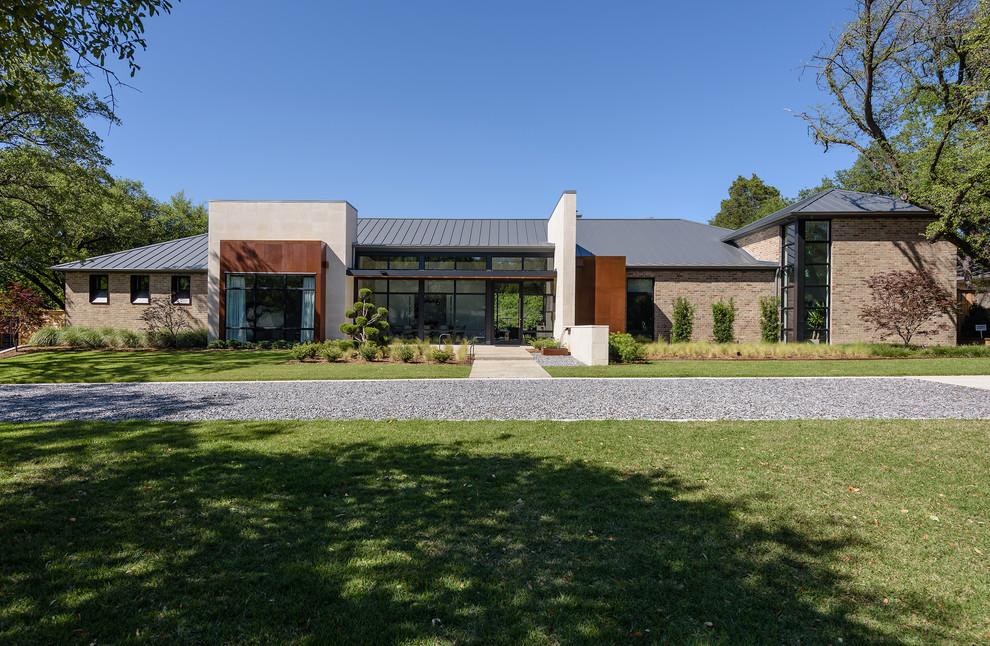 Example of a trendy home design design in Dallas