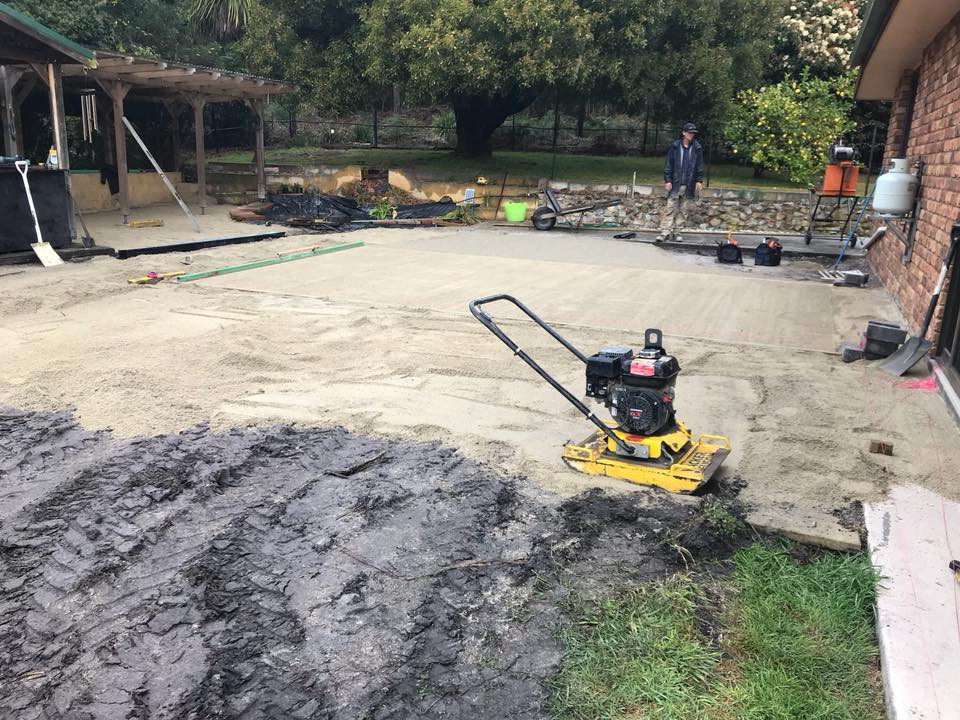 Upper Scamander - paving, retaining and fire pit