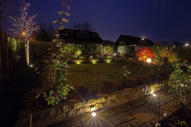 Gartenbeleuchtung Modern Sonstige Von Oswald Garten