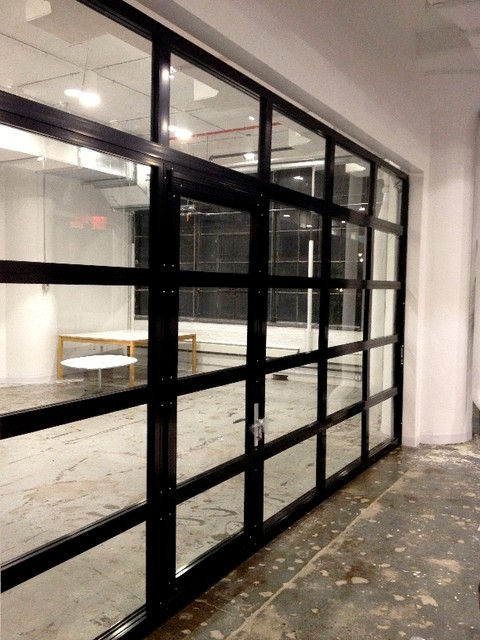 NY Loft - Black Aluminum Garage Door & Clear Glass with Passing Door