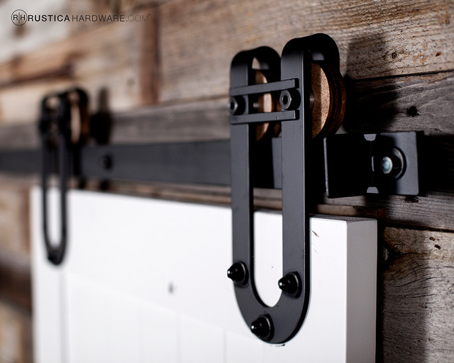Exceptionnel Horseshoe With Bar Barn Door Hardware Rustic