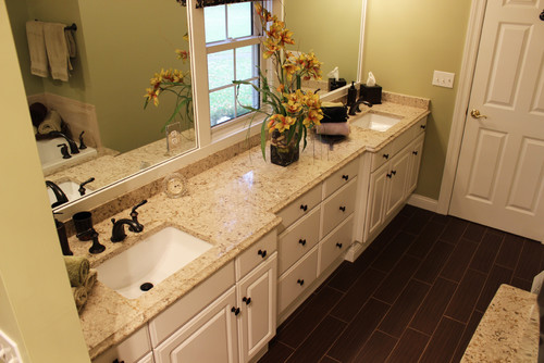 What 39 s the wall paint color thanks Bathroom remodeling akron ohio