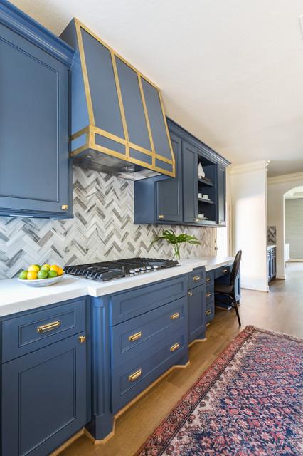 Deep Blue Shaker Cabinets, Blue Kitchen Cabinet Knobs
