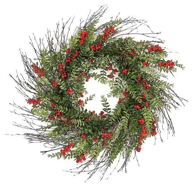 24 Outdoor Red Berry And Hawthorn Wreath.