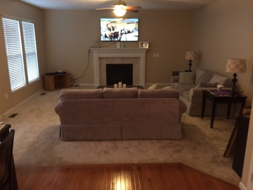 Help! Color needed in my beige living room!