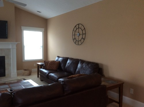 Suggestions for wall decor above couch for Decor over couch