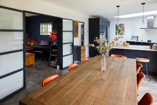 Home design - modern home design idea in London