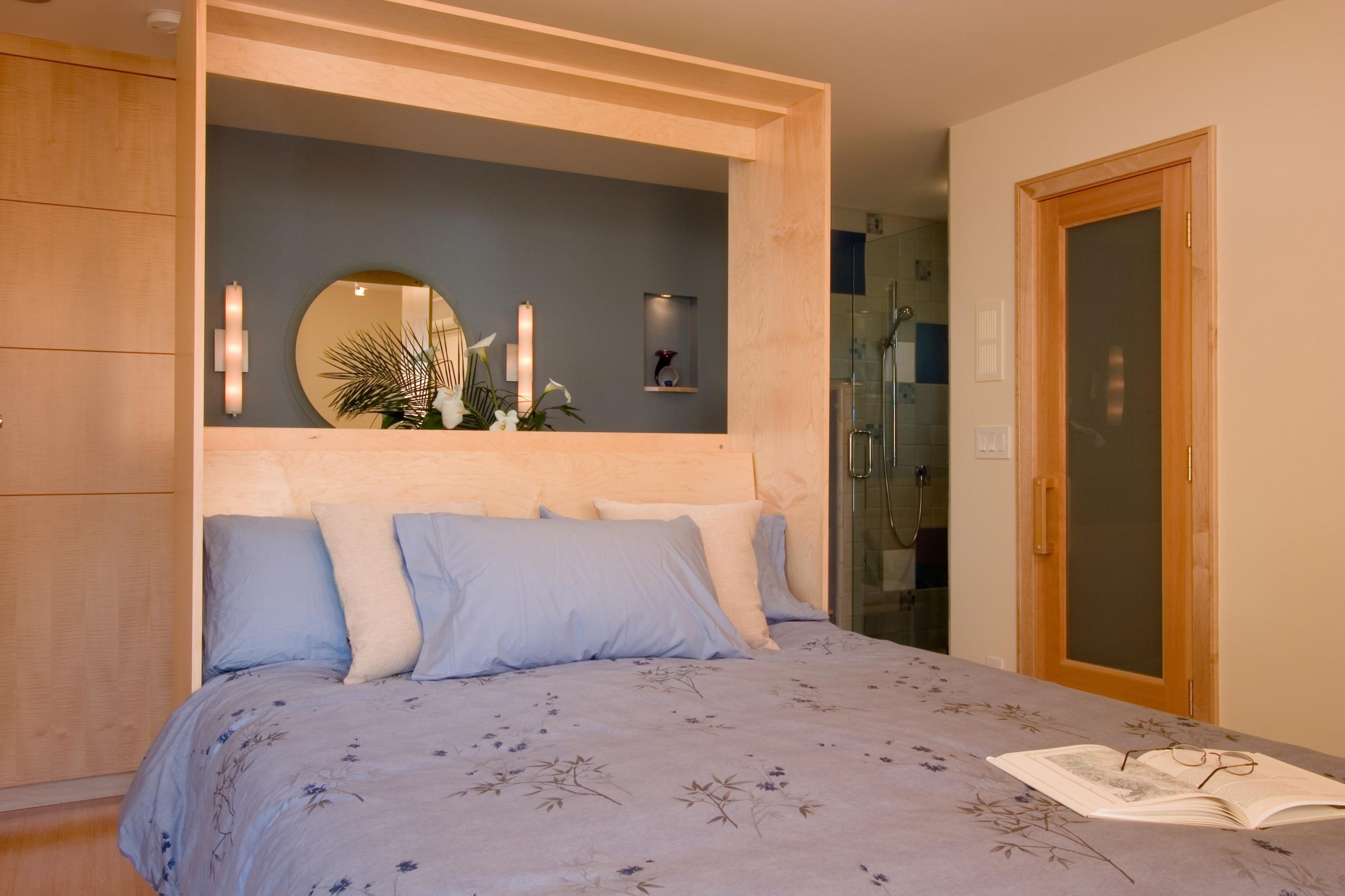 Bed & Bath 1