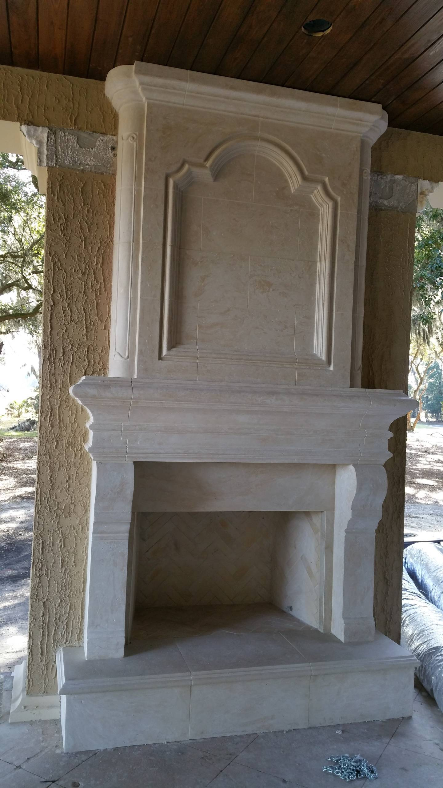 Custom Mantles & Architectural Details