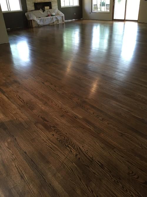 Overlap In Polyurethane Hardwood Floor