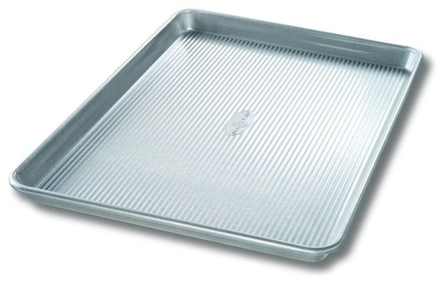 "Usa Pan Bakeware Aluminized Steel Extra Large Sheet Pan, 21""x15""."