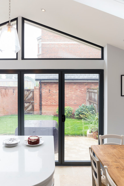 White Kitchen Extension In Epsom Traditional London