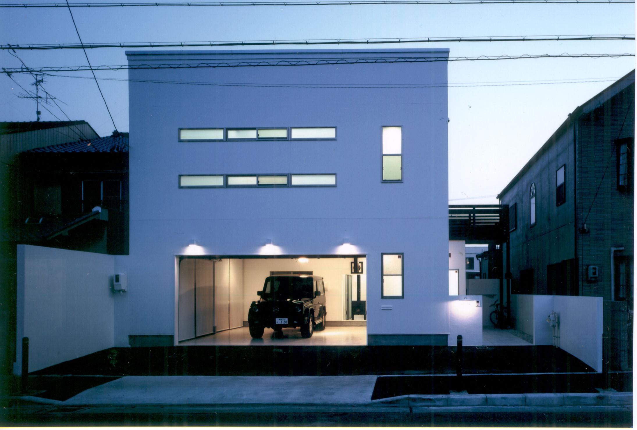 ガレージのある家 H-Garage