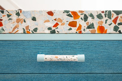 19 Beautiful Cabinet-Handle Combinations to Inspire