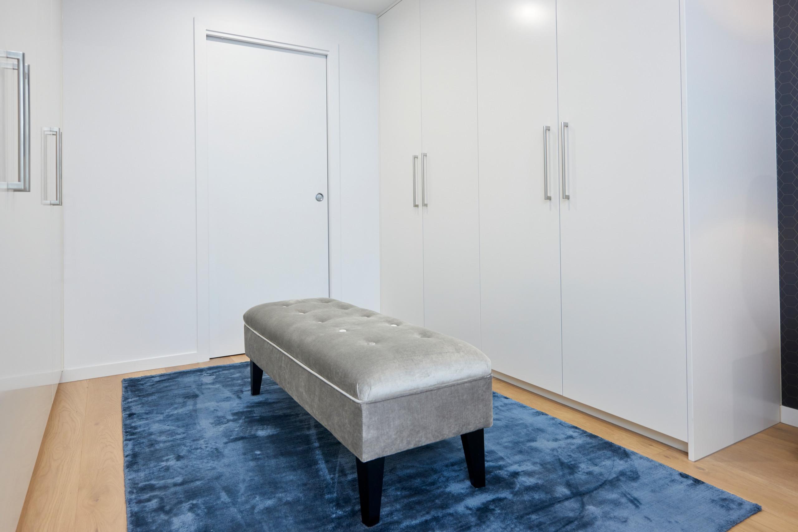Ivanhoe Apartment
