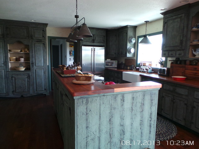 Primitive Kitchen Remodel Farmhouse