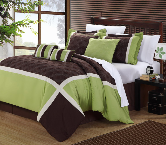 Outrageous Green And Brown Bedroom: Green/ Brown Oversized 8-piece Comforter Set