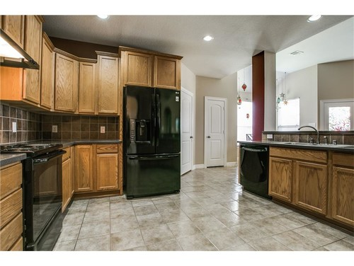 About to buy a house but I don\'t like the kitchen. Please help!