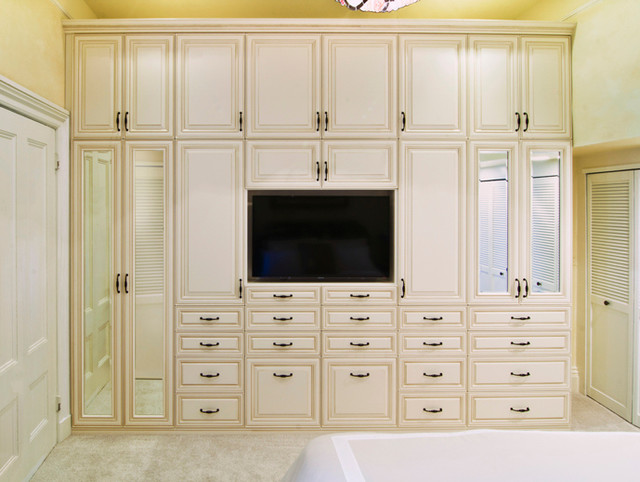 Bedroom Wardrobe Cabinetry and Media Center traditional & Bedroom Wardrobe Cabinetry and Media Center - Traditional - San ...