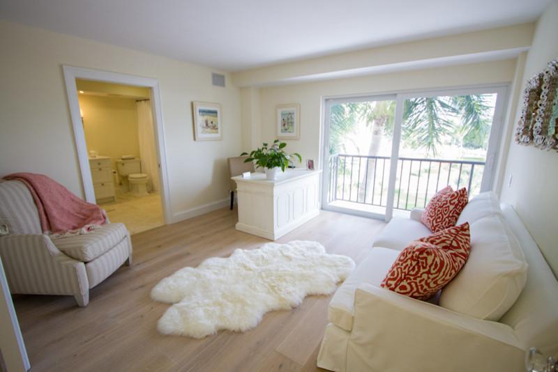 Gulffront apartment renovation