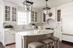 Tour a Designer's Cozy Colonial-Style Family Room and Kitchen