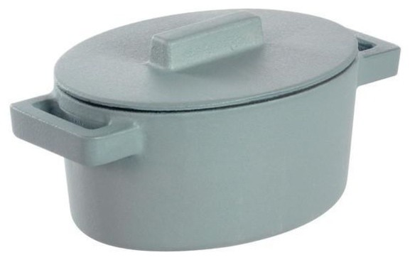 Terra Cotto Cast Iron Oval Casserole With Lid, Ginger.