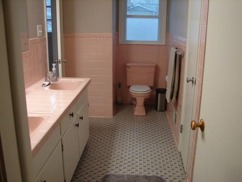 1950 39 s pink bathroom for Pakistani bathroom design ideas