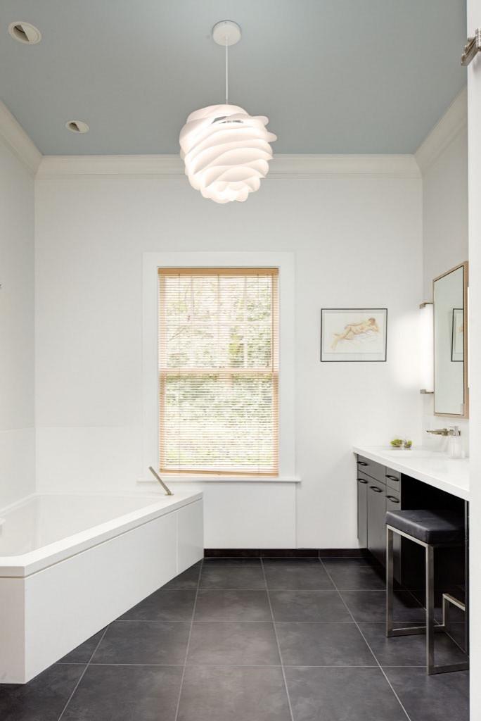 Denny Blaine Bathroom