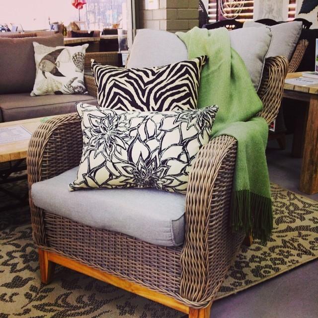 Elegant Furniture: Cushions On Outdoor Elegance Furniture