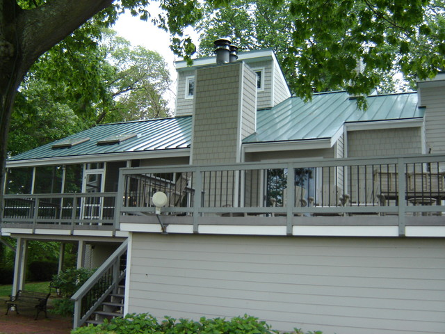 Standing seam metal roofing traditional exterior new - Exterior paint colors with green metal roof ...