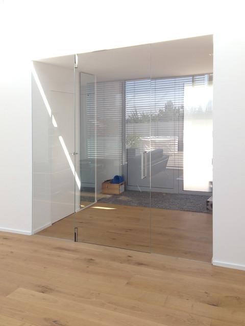 ganzglas windfang fl chenb ndig modern m nchen von eber designt ren gmbh. Black Bedroom Furniture Sets. Home Design Ideas