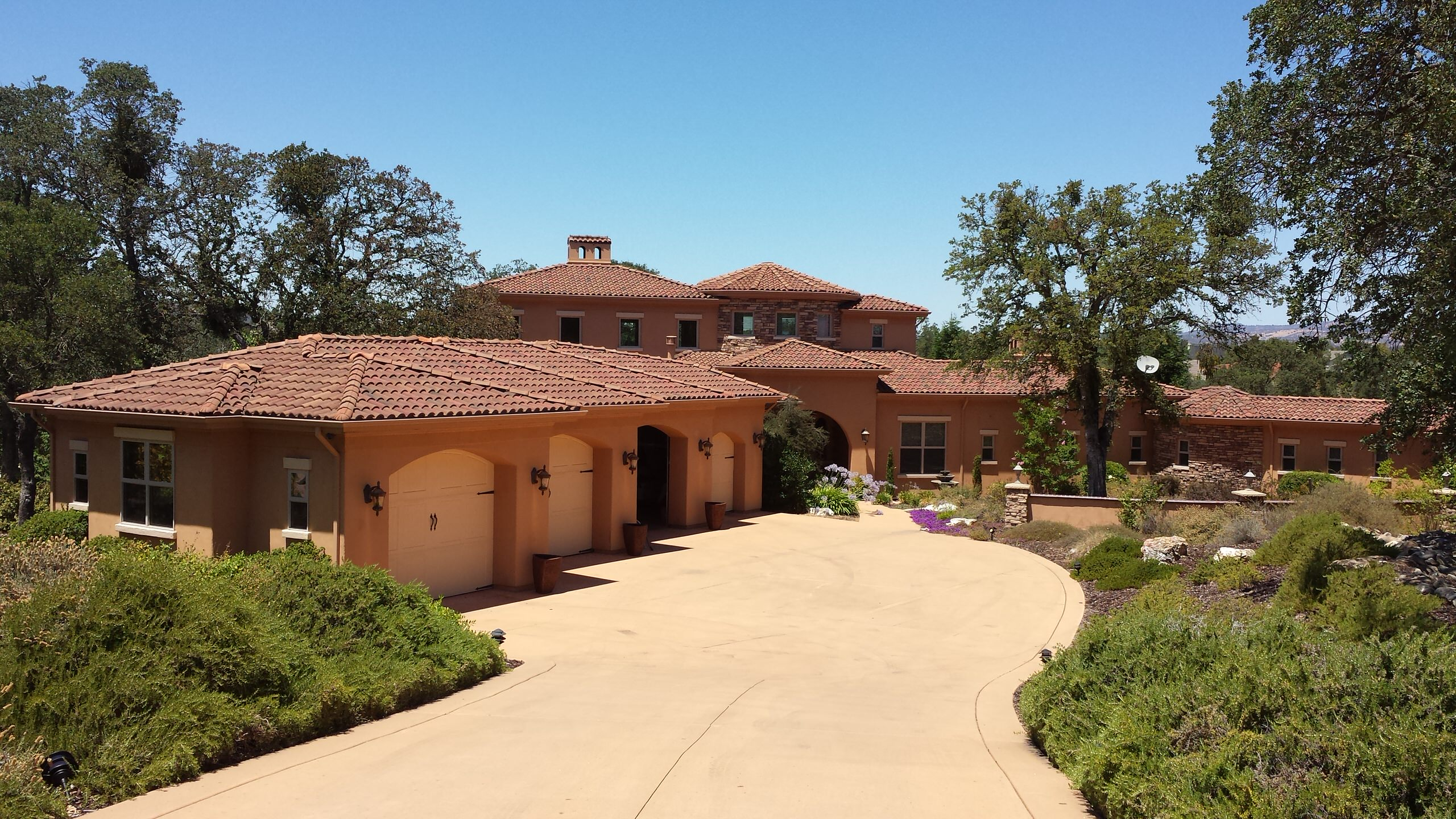 Traditional - More Saddle Creek Houses by Impluvium