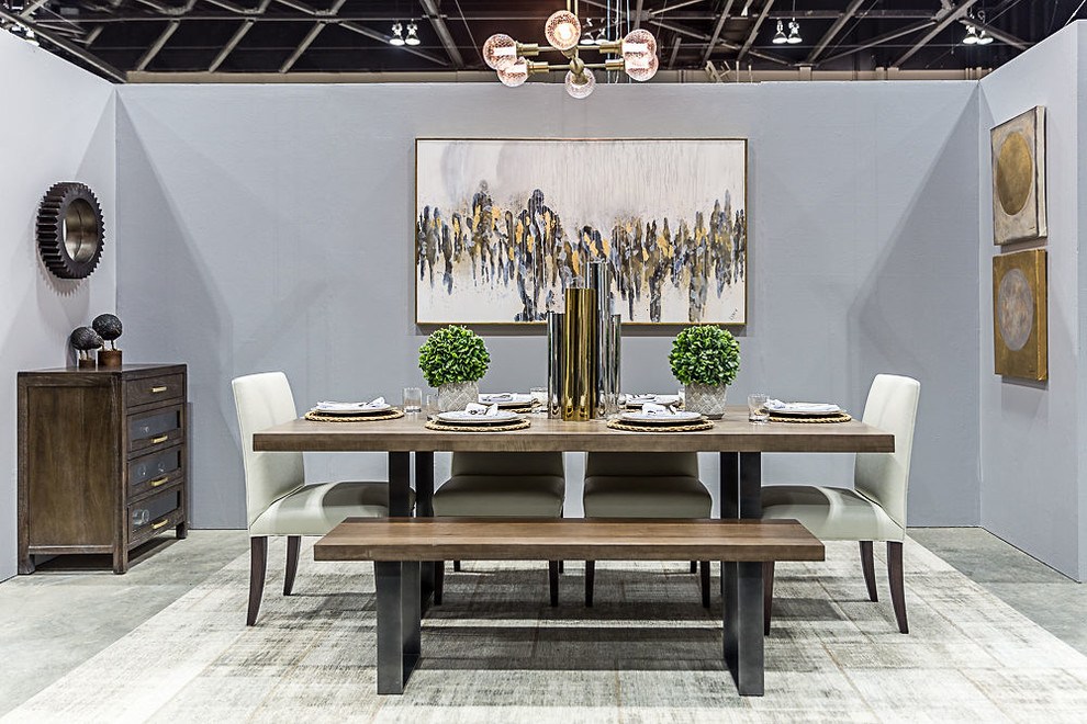 Mixed Metals Tablescape -  Home + Garden Show 2019
