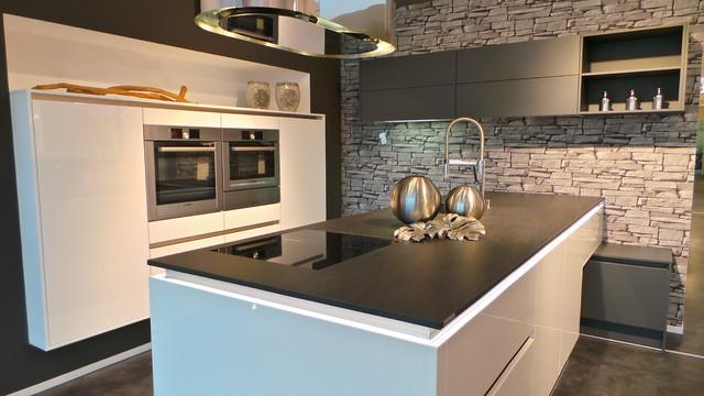 Grifflose Küche Xenia-Line - Modern - Sonstige - von REDDY Küchen ...