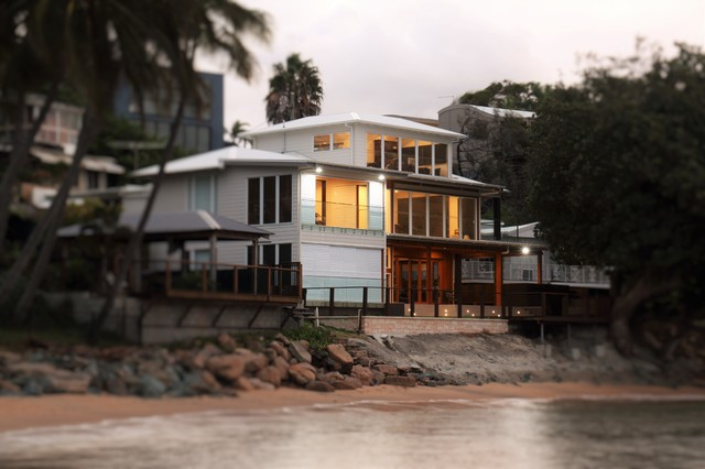 House Renovationa And Alteration Woodypoint Beach House