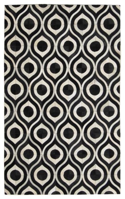 Captivating Black U0026 Cream Modern Eye Patterned Cowhide Rug, 4u0027 X 6u0027 Modern