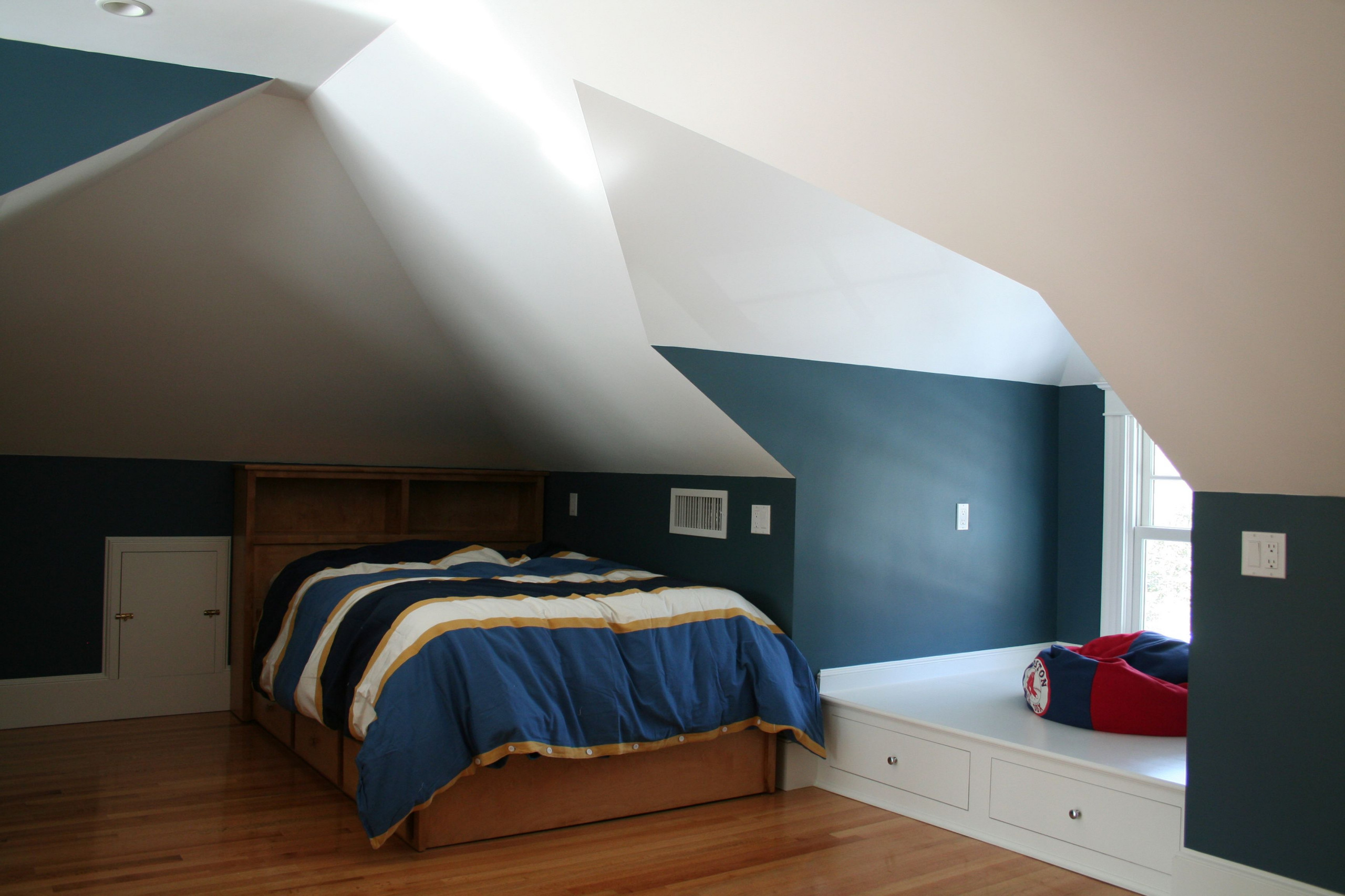 Boys Lofted Bedroom