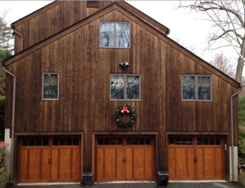 What Roof Color Goes Well With Cedar Siding