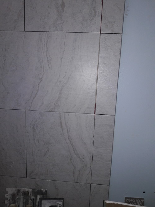 Shower Tile Grout Lines Crooked And Lack Of Mortar/thinset