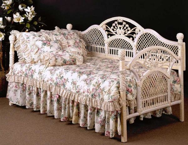 victorian daybeds for sale home safe Repurpose Daybeds Cottage cottage style daybed with storage