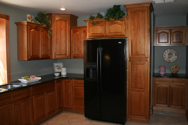 Hickory Kitchen Cabinets Home Design Traditional Columbus By Lily Ann Cabinets
