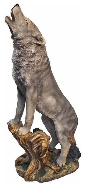 Lone Wolf Garden Statue