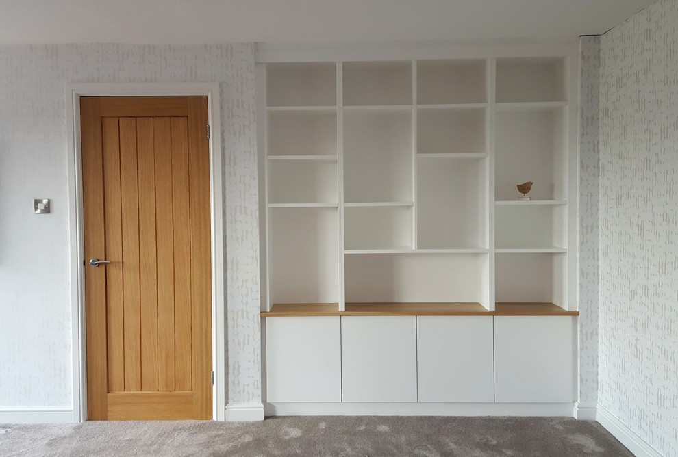 Four Door Wide Minimalist Unit with an Oak Top