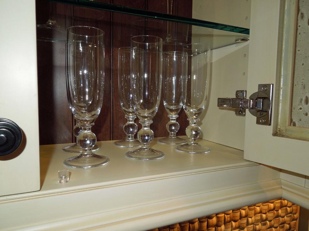 Glass shelves for glass ware