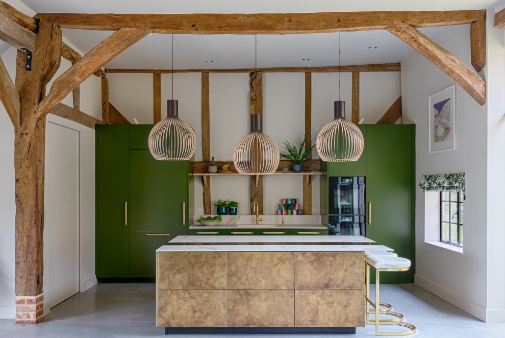 Inspiration for a farmhouse kitchen remodel in London