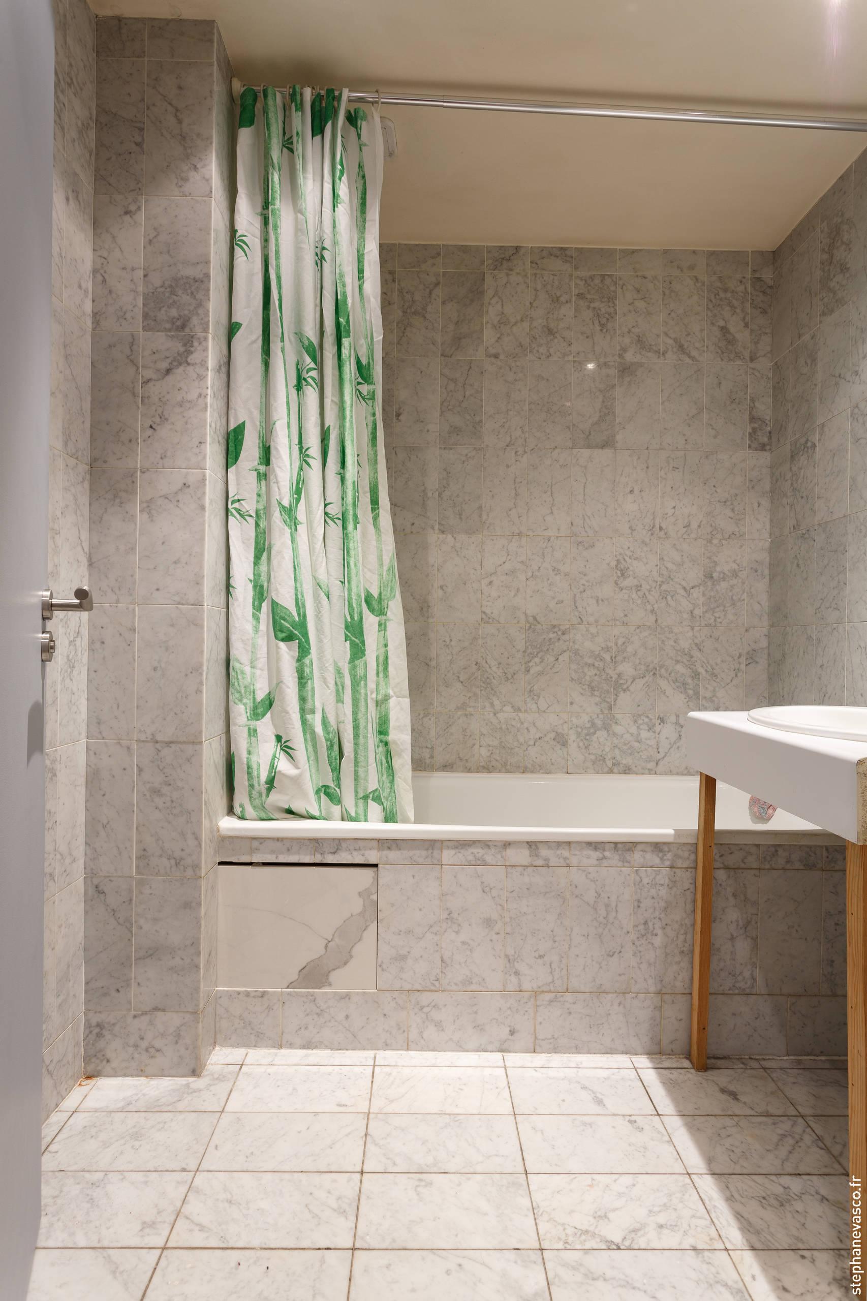 AVANT/Apres : Remplacez votre baignoire contre un receveur XXL